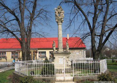 Attala I.vh emlékmű 2009.04.04. küldő-kalyhas