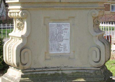 Attala I.vh emlékmű 2009.04.04. küldő-kalyhas (6)