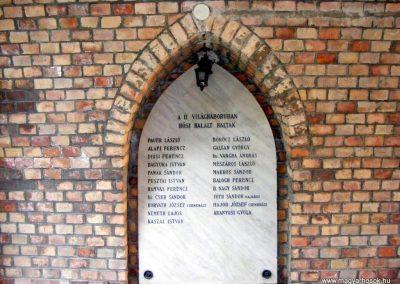 Bábolna Hősök kapuja 2012.08.04. küldő-Méri (5)
