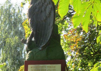 Bácsalmás I.vh emlékmű 2011.08.17. küldő-kalyhas (14)