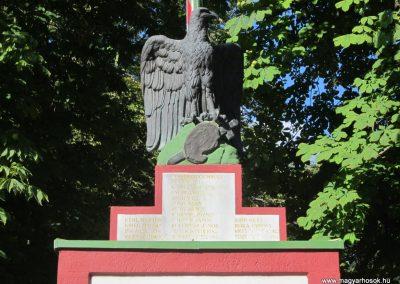 Bácsalmás I.vh emlékmű 2011.08.17. küldő-kalyhas (2)