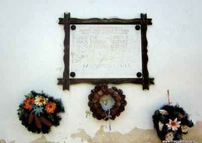 Bánk világháborús emléktáblák 2011.08.15. küldő-kalyhas (4)