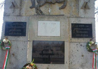 Bánréve hősi emlékmű 2012.03.20. küldő-Pataki Tamás (2)