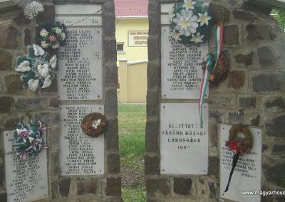 Báránd világháborús emlékmű 2009.05.16. küldő-Huszár Peti (1)