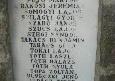 Báránd világháborús emlékmű 2009.05.16. küldő-Huszár Peti (4)