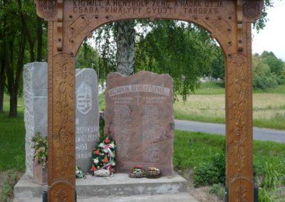 Bárdudvarnok világháborús emlékmű 2010.05.28. küldő-Sümec (1)