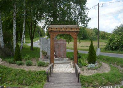 Bárdudvarnok világháborús emlékmű 2010.05.28. küldő-Sümec
