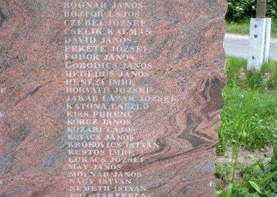 Bárdudvarnok világháborús emlékmű 2010.05.28. küldő-Sümec (7)