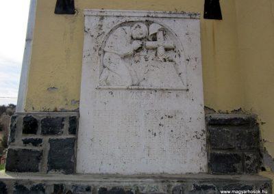 Bárna világháborús emléktáblák 2012.03.26. küldő-kalyhas (3)
