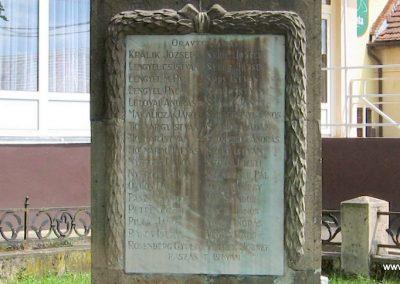 Bátonyterenye I.vh emlékmű 2007.07.01. küldő-kalyhas (4)