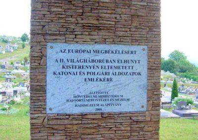 Bátonyterenye-Kisterenye II.vh emlékmű 2010.07.02. küldő-Szederke (2)