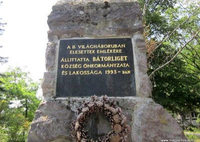 Bátorliget II. világháborús emlékmű 2014.08.04. küldő-kalyhas (4)