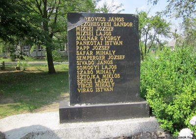 Bátorliget II. világháborús emlékmű 2014.08.04. küldő-kalyhas (5)