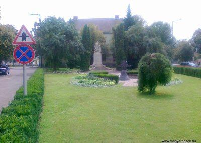 Békés I. és II.vh emlékművek 2010.08.06. küldő Csiszár Lehel