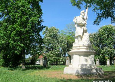 Békéscsaba Hősök temetője I. világháborús emlékmű és katonasírok 2015.05.09. küldő-Emese (13)