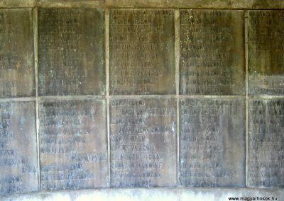 Békéscsaba II. világháborús emlékmű 2015.05.09, küldő-Emese (13)