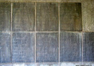 Békéscsaba II. világháborús emlékmű 2015.05.09, küldő-Emese (16)