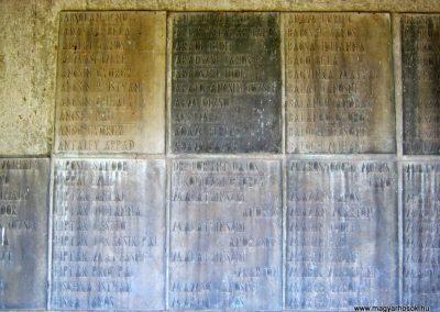 Békéscsaba II. világháborús emlékmű 2015.05.09, küldő-Emese (9)