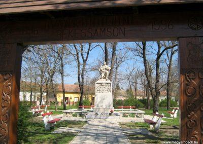 Békéssámson világháborús emlékmű 2017.04.01. küldő-Emese (1)