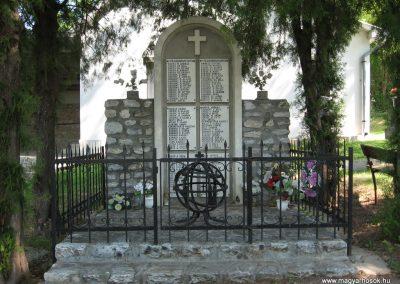 Bélapátfalva világháborús emlékmű 2007.05.13. küldő-Kályhás