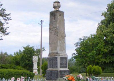 Bény világháborús emlékmű 2013.06.02. küldő-Méri (10)