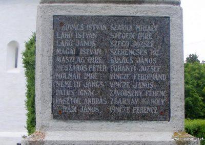 Bény világháborús emlékmű 2013.06.02. küldő-Méri (6)