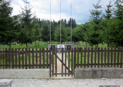 Bódvalenke világháborús emlékmű 2014.06.15. küldő-kalyhas