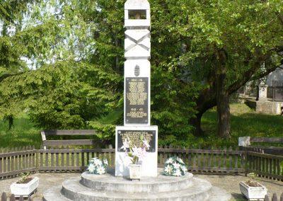 Bódvarákó világháborús emlékmű 2009.05.11.küldő-Gombóc Arthur