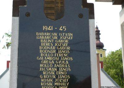 Bódvaszilas világháborús emlékmű 2009.05.11.küldő-Gombóc Arthur (3)