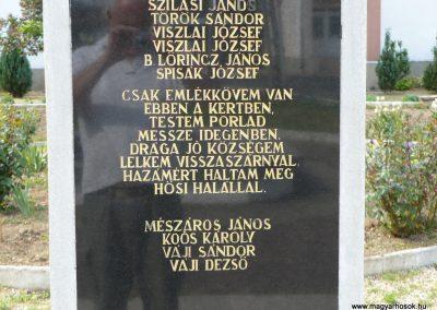 Bódvaszilas világháborús emlékmű 2009.05.11.küldő-Gombóc Arthur (5)