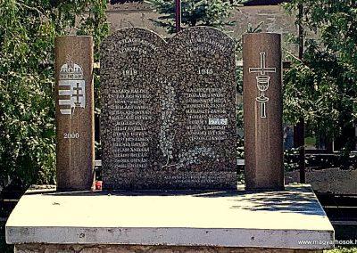 Bódvavendégi világháborús emlékmű 2011.08.11. küldő-Pataki Tamás (1)