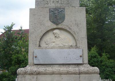 Bóly világháborús emlékmű 2009.06.01,.küldő-Horváth Zsolt (2)