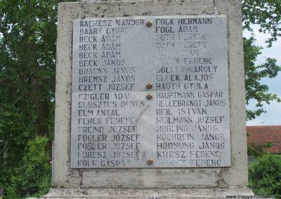 Bóly világháborús emlékmű 2009.06.01,.küldő-Horváth Zsolt (3)