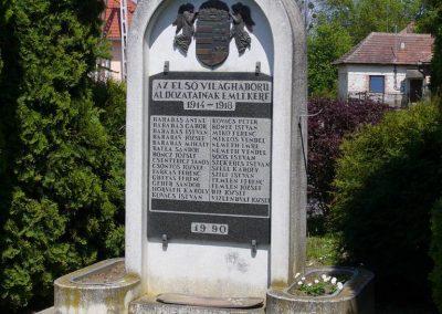 Böde világháborús emlékmű 2008.05.25.küldő-HunMi (1)