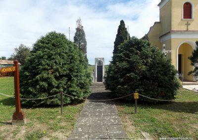 Bödeháza világháborús emlékmű 2016.08.13. küldő-kalyhas (1)