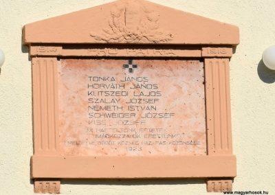 Bögöt I. világháborús emléktábla 2016.09.30. küldő-Méri (2)