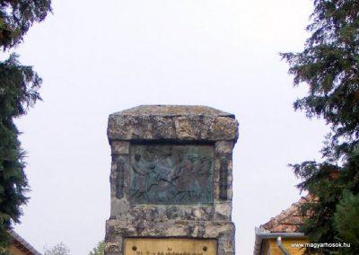 Bögöte világháborús emlékmű 2012.10.08. küldő-Méri (1)