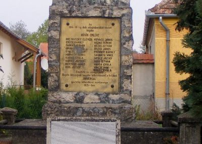 Bögöte világháborús emlékmű 2012.10.08. küldő-Méri (4)