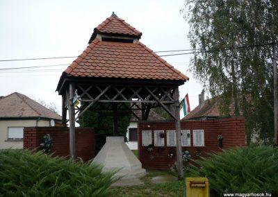 Böhönye II.vh emlékmű 2010.10.06. küldő-Sümec