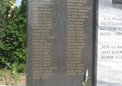 Bököny II.vh emlékmű 2009.07.02.küldő-kalyhas (2)
