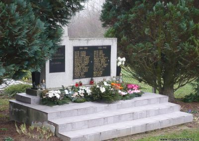 Börzönce világháborús emlékmű 2009.11.21. küldő-Sümec (1)