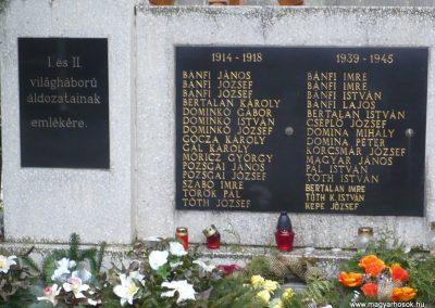 Börzönce világháborús emlékmű 2009.11.21. küldő-Sümec (2)