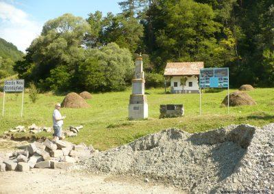 Bözödújfalu I. világháborús emlékmű 2014.07.21. küldő-Gombóc Arthur