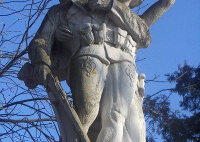Bük világháborús emlékmű 2009.01.07.küldő-gyurkusz (2)