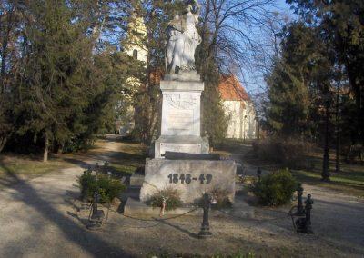 Bük világháborús emlékmű 2009.01.07.küldő-gyurkusz (5)
