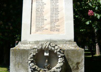 Bük világháborús emlékmű 2011.05.12. küldő-Ágca (2)