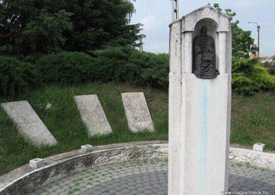 Bükkábrány világháborús emlékmű 2007.06.01.küldő-Kályhás (1)