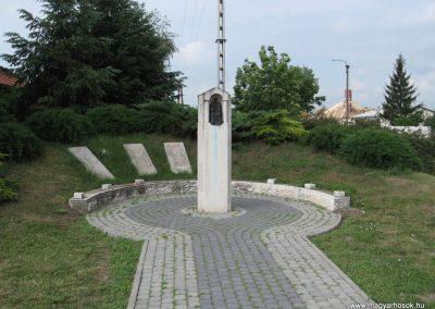 Bükkábrány világháborús emlékmű 2007.06.01.küldő-Kályhás