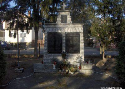 Bő világháborús emlékmű 2009.01.07. küldő-gyurkusz