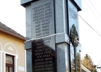 Bős I. világháborús emlékmű 2014.12.21. küldő-Méri (15)